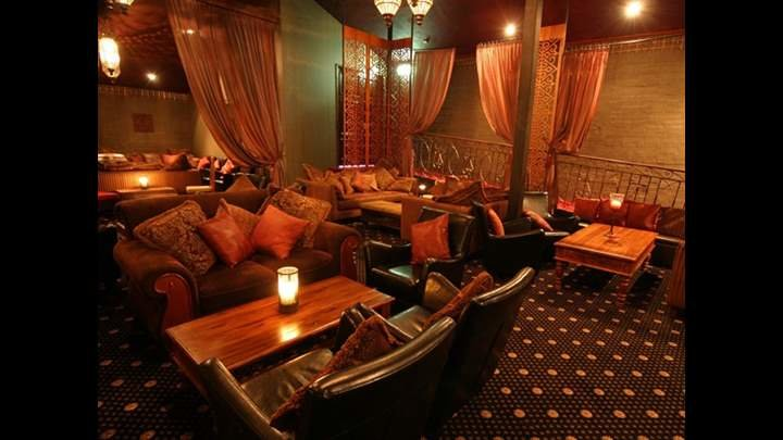 Alhambra-Lounge-7149